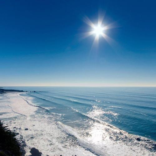 Sunlight over beautiful sea