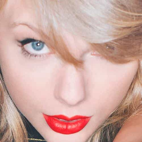 taylor swift red lips singer artist