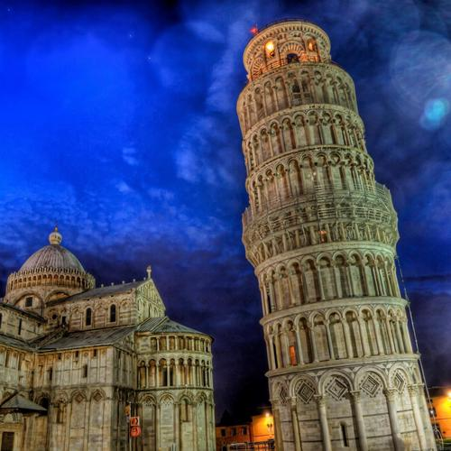 Torre De Pisa wallpaper