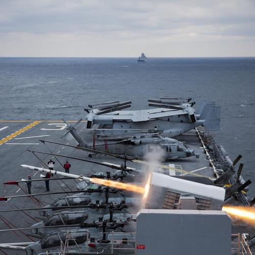 Uss Kearsarge Conducts A Live-fire Exercise