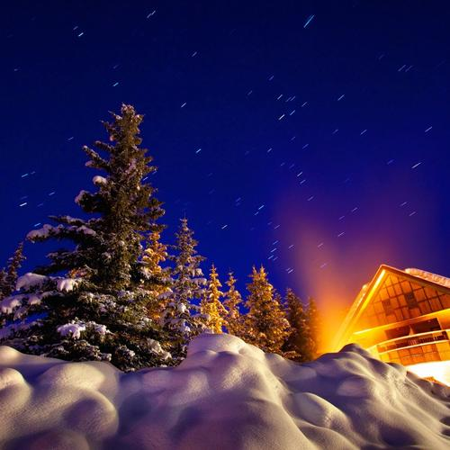 Download Warm house under night winter sky High quality wallpaper