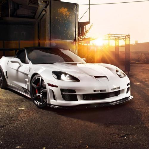 White Corvette Zr1