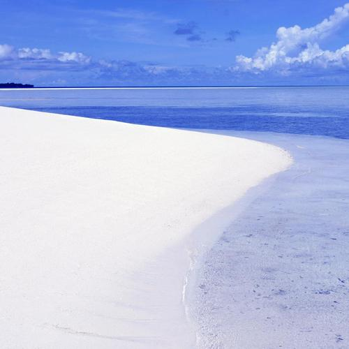 White sand beach wallpaper